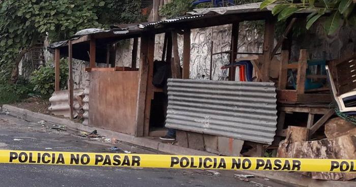 Pandillero asesinado en Avenida Lincoln de la colonia Zacamil en Mejicanos