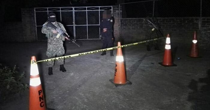 Asesinan a un hombre cuando compraba en una tienda en colonia de San Miguel