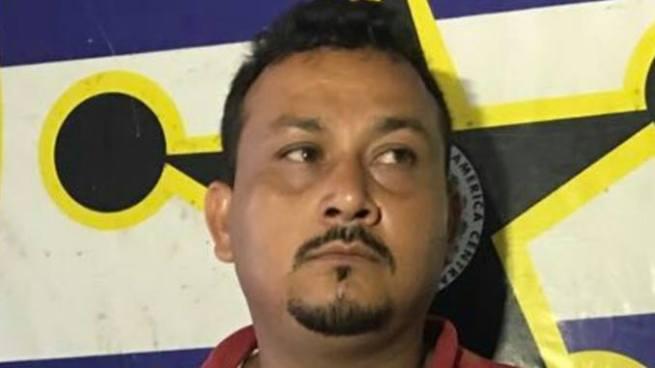 Capturan a hondureño que intento pasar ilegalmente más de 500 marquetas de queso a El Salvador
