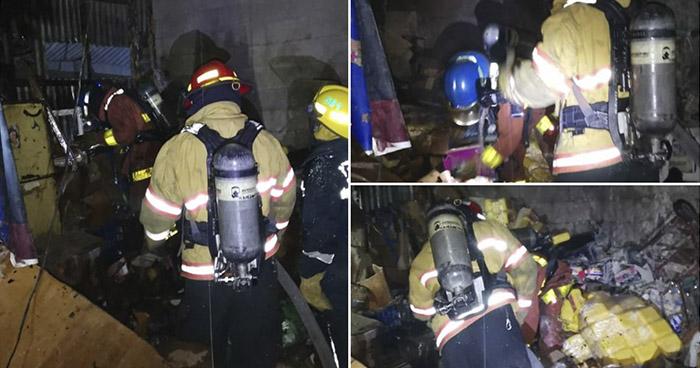 Incendio en bodega en el Centro de San Salvador