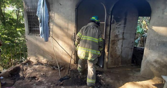 Bebé de 9 meses muere en incendio en San Francisco Chinameca, La Paz