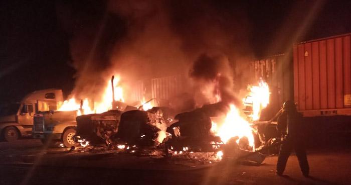 Cuatro cabezales destruidos tras incendio en Santa Ana