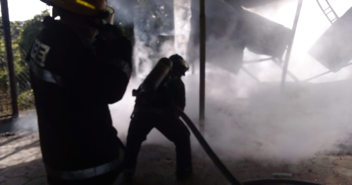 Control incendio en almacén general de la Corte Suprema de Justicia