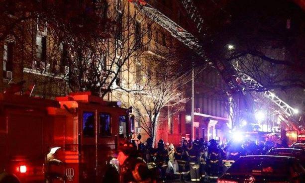 12 muertos tras voraz incendio en un edificio de Nueva York