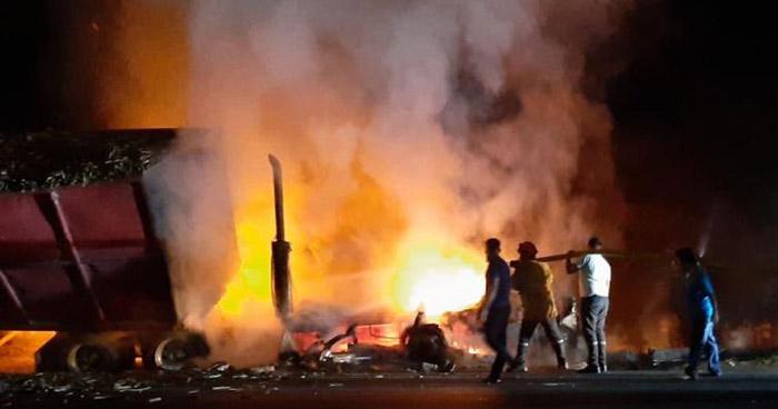 Conductor provoca choque por sobrepasar en sentido contrario en Troncal del Norte