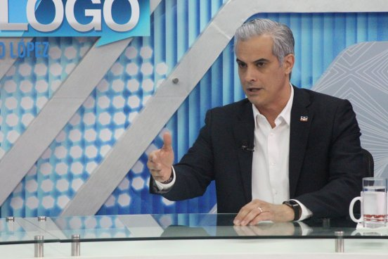 """Interiano: """"El mensaje del presidente fue amenazante, la población espera una solución al tema previsional"""""""
