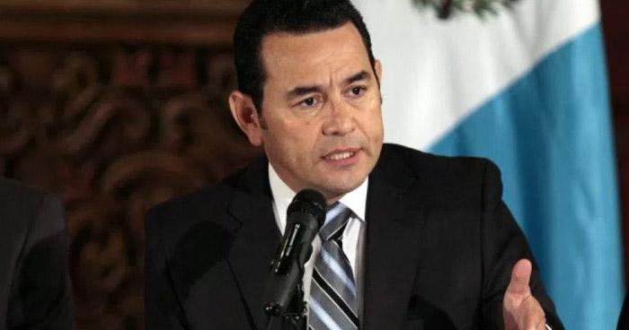 Podrían ser 10 las mujeres que fueron abusadas sexualmente por el presidente Jimmy Morales