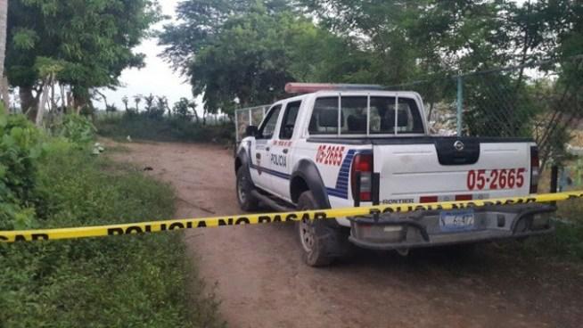 Encuentran cadáver de joven con un cincho atado a su cuello en Rosario de Mora, San Salvador