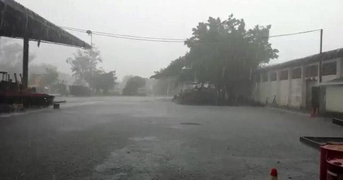Acercamiento de una Onda Tropical favorecerá cielos nublados y probabilidades de lluvia