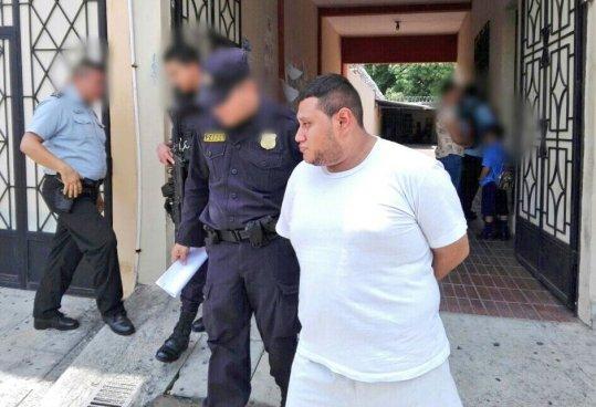 Inician juicio contra administrador de paginas porno en Quezaltepeque