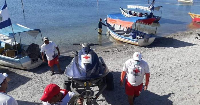 Reanudan tareas de búsqueda de persona desaparecida en el Lago de Ilopango