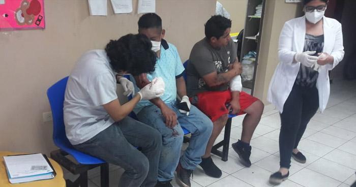 Nueve personas lesionadas tras vuelco de un pick up en Rosario de Mora