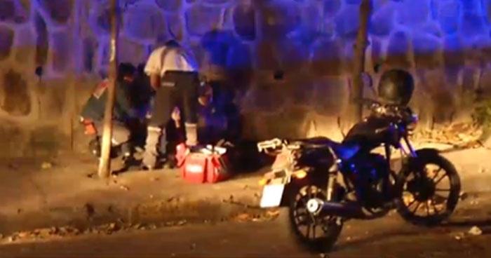 Taxista golpea y roba a dos hombres que lo habían contratado en San Salvador