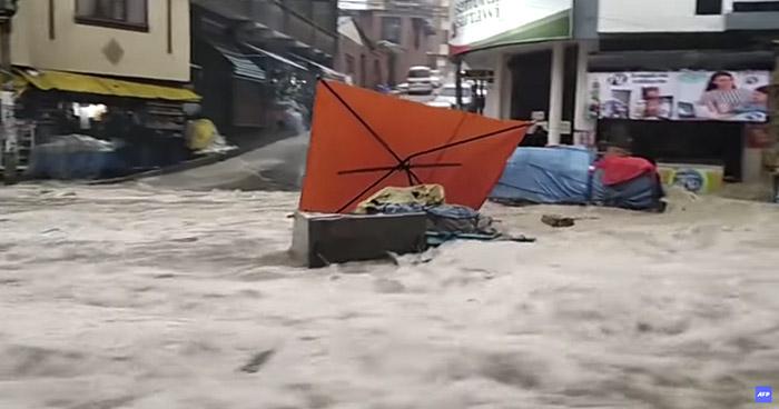Al menos 4 muertos y varios desaparecidos deja torrencial lluvia en Bolivia