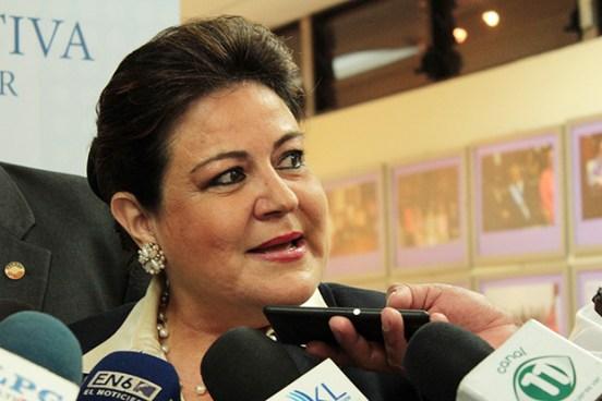 """Margarita Escobar en tema sobresueldos """"He recibido mi salario por mi trabajo y mi idoneidad"""""""