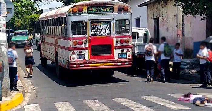 Motorista de Ruta 53-C atropella y mata a una niña en Sonsonate