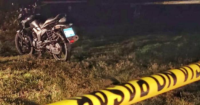 Matan a pandillero que se conducía en su motocicleta en Izalco, Sonsonate