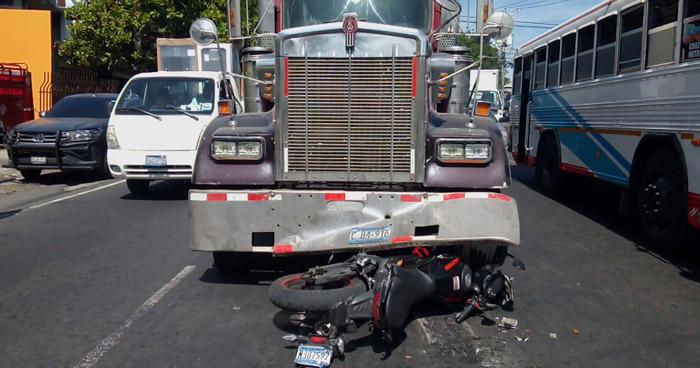 Dos lesionados tras accidentes en carretera Panamericana y Troncal del Norte