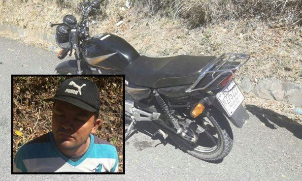 Detienen a motociclista con más de 500 grados de alcohol en la sangre en San Vicente