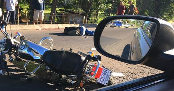 Joven motociclista murió tras sufrir accidente de tránsito en Usulután