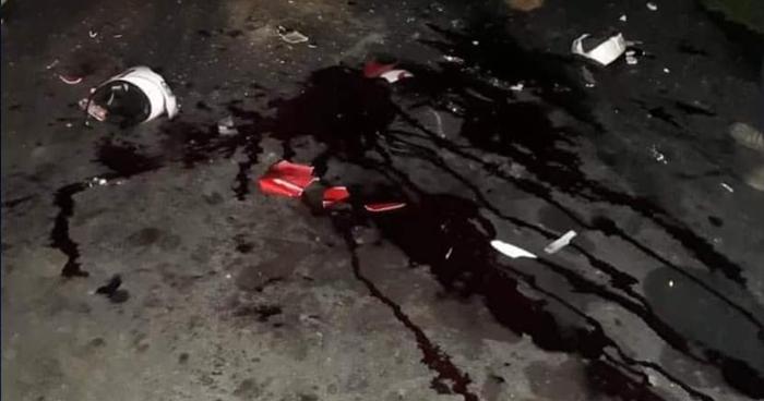 Concejal y dos más en motocicleta murieron al chocar contra un camión en Chalatenango
