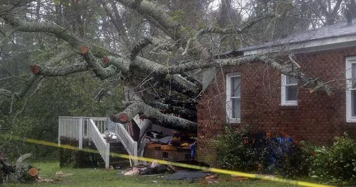 Cuatro muertos deja el paso del huracán Florence en Carolina del Norte