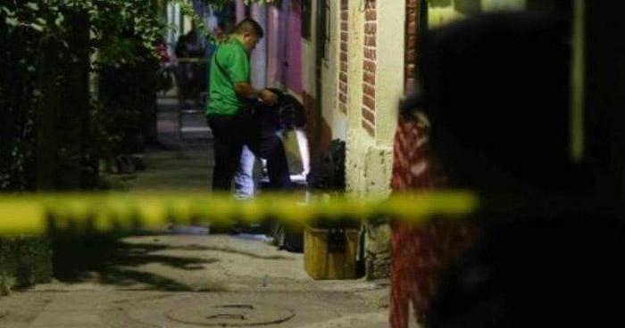 Mujer fue asesinada anoche en Mejicanos
