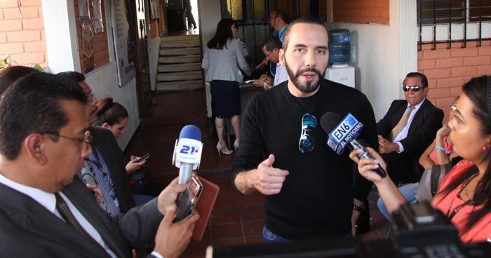 Programan fecha para audiencia preliminar contra Nayib Bukele por el caso de la manzana