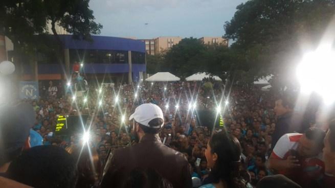 Nayib Bukele se hizo presente al evento en la Universidad de El Salvador