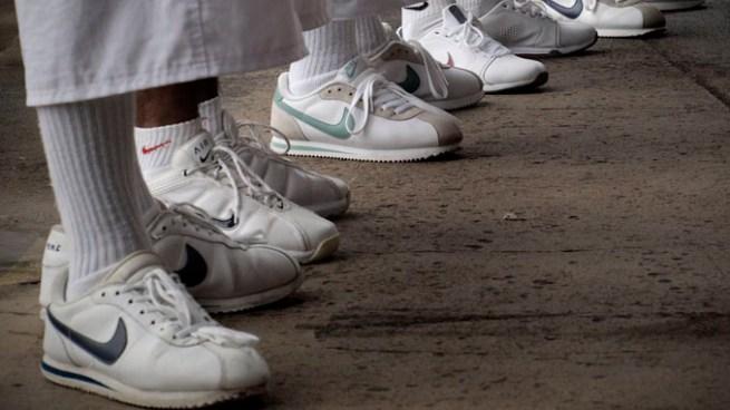 Líder de la MS-13 dice a los miembros que dejen de usar los zapatos Nike Cortez