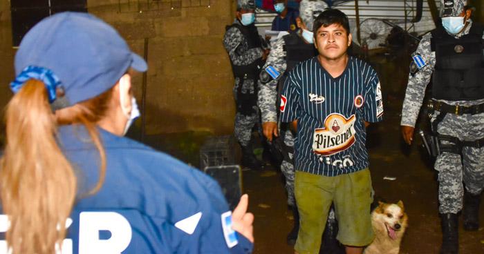 """Miembros de la MS13 capturados en operativo """"Novena"""" en Santa Ana"""