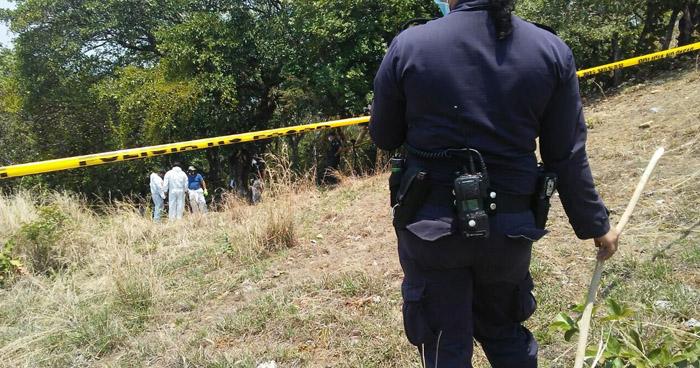 Hallan osamentas de dos personas en fosa clandestina, en Cacaopera, Morazán