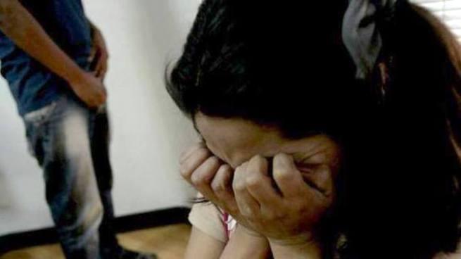 Condenan a joven que violó y embarazó a su hermana menor en Morazán
