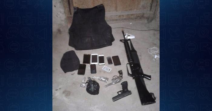 Decomisan armas de fuego, chaleco antibalas y otros ilícitos a pandilleros en el oriente del país