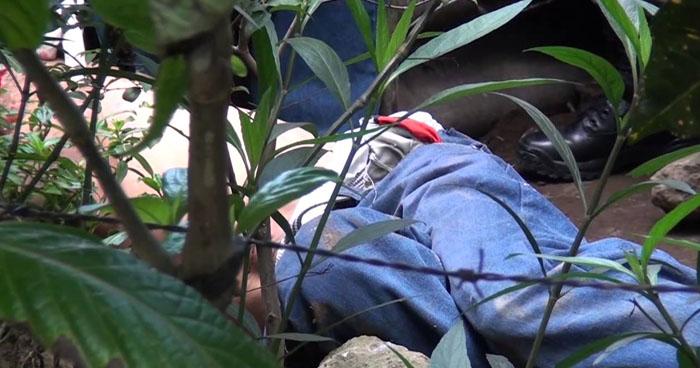 Hallan cadáver degollado de un pandillero en Chalchuapa, Santa Ana