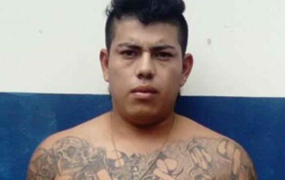 Capturan a pandillero con arma de la PNC en San Pedro Perulapán
