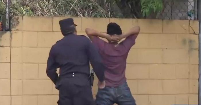 Pandilleros de la 18 asaltaron a mano armada a pacientes y a personal de la unidad de Salud de Cuscatancingo