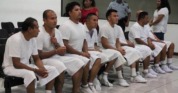 Condenan a sujetos que exigían has $40 dólares semanales a un comerciante del Mercado Central de Santa Tecla