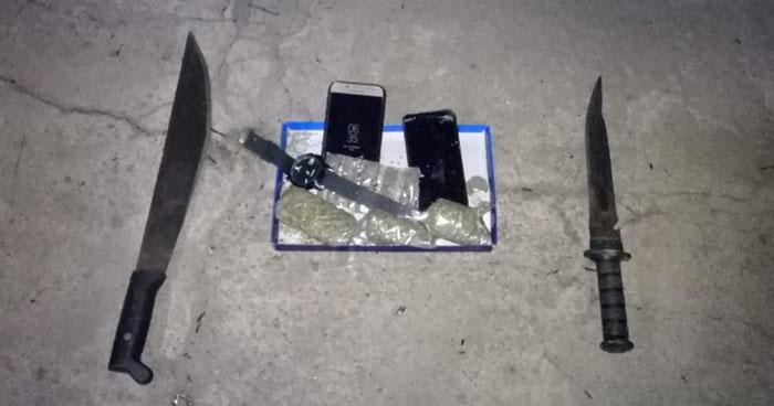 Capturan a pandilleros armados y con drogas a bordo de motocicletas en Santa Ana