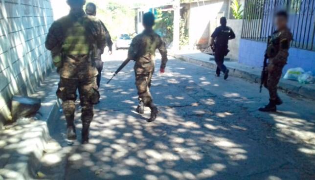 Abaten a 2 pandilleros que atacaron a la patrulla policial en San Salvador