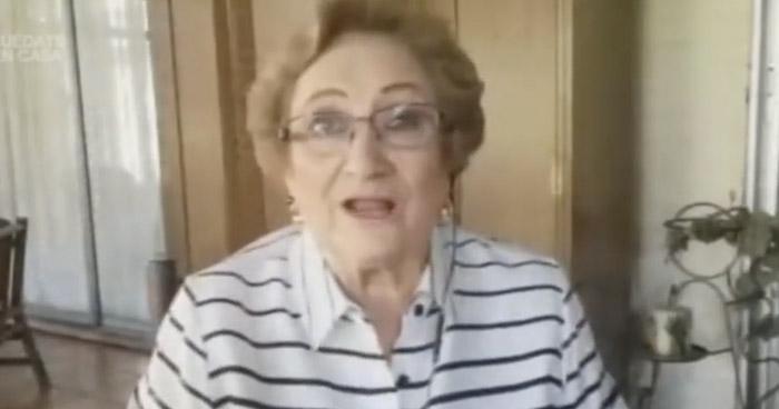 """Alcaldesa de Santa Ana aclara que parada de buses costará """"$35 mil y pico"""""""