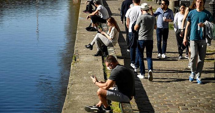 Francia abre sus parques tras más de 2 meses de confinamiento por COVID-19