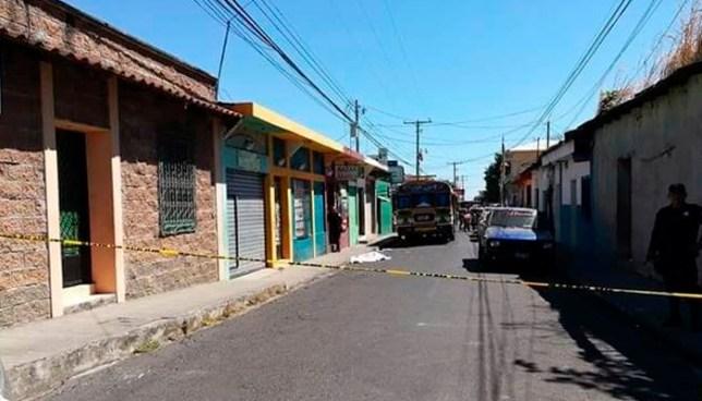 Conductor de autobús de la ruta 110 atropella y mata a una persona en San Vicente