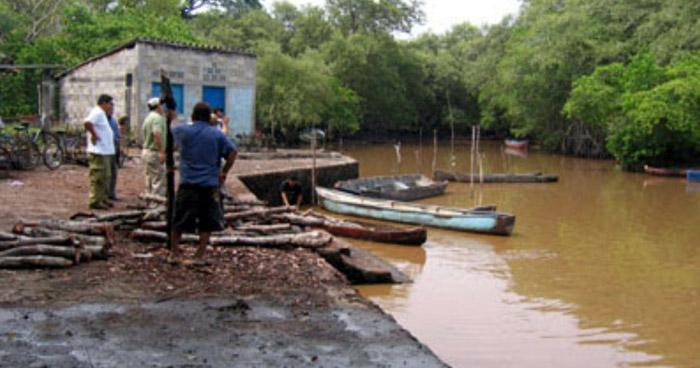 Pescador murió al ser impactado por un rayo en Jiquilisco, Usulután