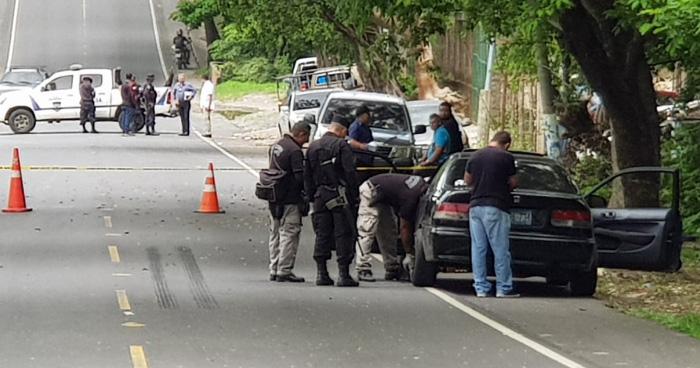 Pandilleros atacan a un agente policial y lo lesionan de bala en la cabeza, en La Paz