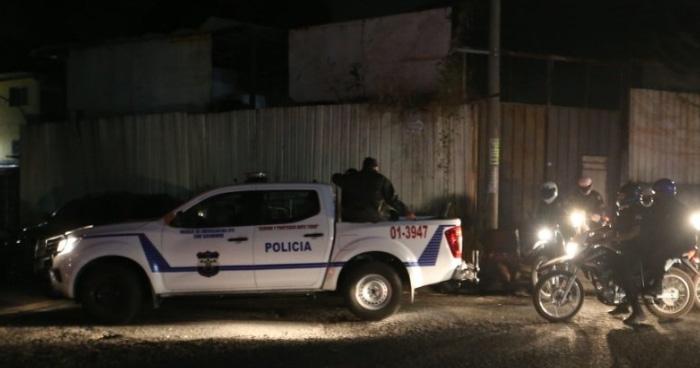 Pandilleros balean a un policía cuando salia de una iglesia en Candelaria de la Frontera