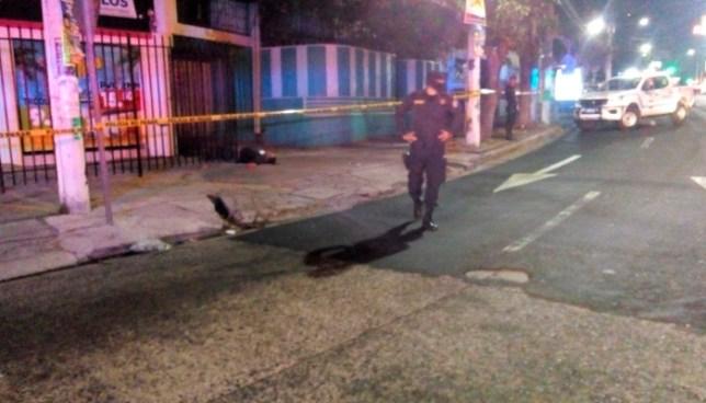 Un hombre fue asesinado a balazos en la calle San Antonio Abad por Redondel El Torogoz