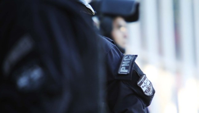 Quedan en libertad policías que estaban condenados de matar a hombre que se negó a fiarles cervezas
