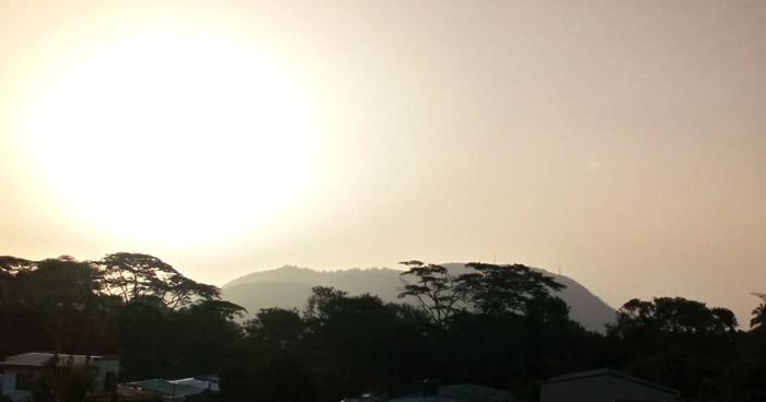 Polvo del Sahara de esta mañana en diferentes puntos de San Salvador