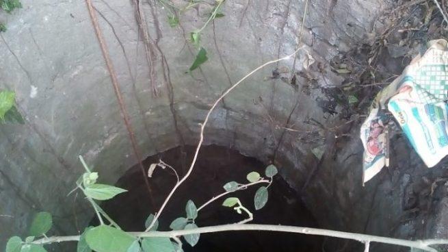 Hombre es rescatado tras caer en el interior de un pozo